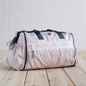 Stunning embossed Lululemon Weekend Warrior Bag